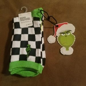 3/$15 Dr Seuss The Grinch Socks by Forever 21